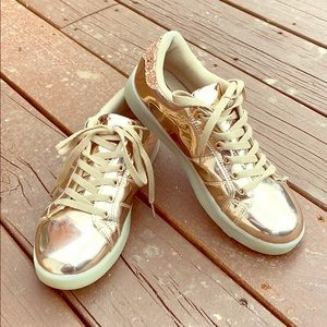 Wild Diva Rose Gold Metallic Sneaker